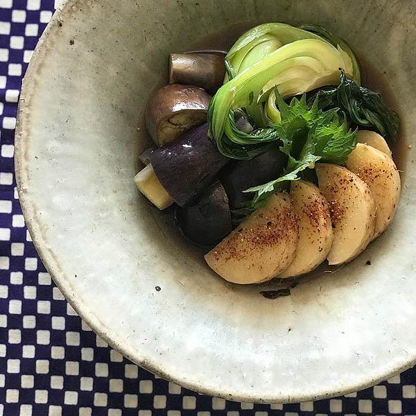 フライパンひとつで作るお野菜の煮浸し