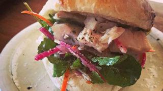 ツナと千切り野菜サンドウィッチ