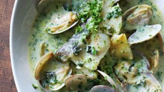 白身魚のグリーンスープ煮