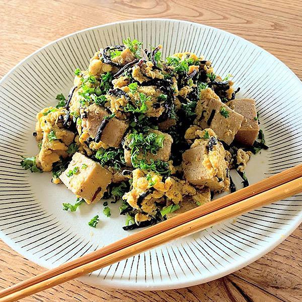 高タンパク!高野豆腐とパセリの卵とじ