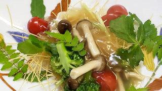 冷蔵庫のあるネタ餡掛け素麺