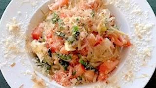 春野菜とベーコンの気まぐれパスタ
