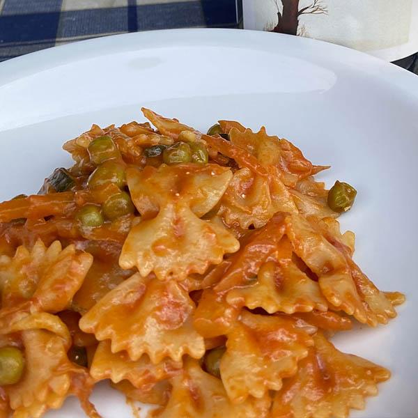 ファルファッラの野菜ソース