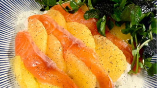 スモークサーモンとグレープフルーツのさっぱりお寿司