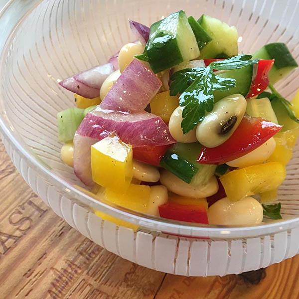 お豆と野菜のマリネ