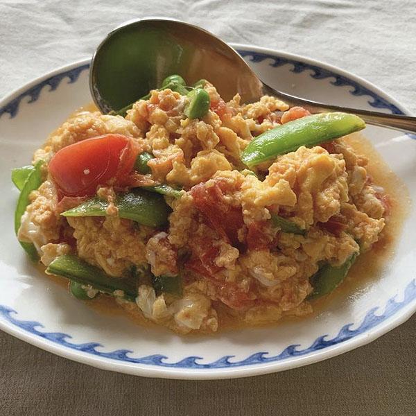 卵とトマトの生姜炒め